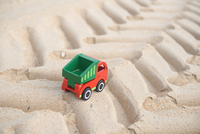 Kid truck in the sand print